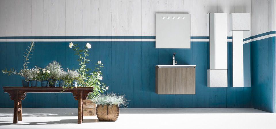 Badezimmer zum Baden, Duschen und Relaxen - HolzDesign im - bad blau braun