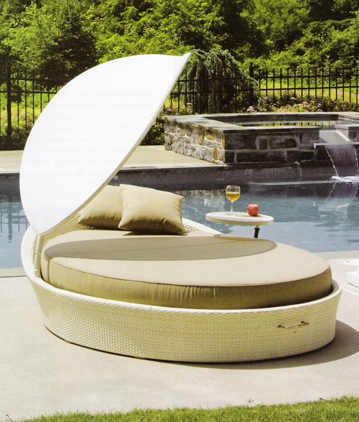 I LOVE this daybed!!