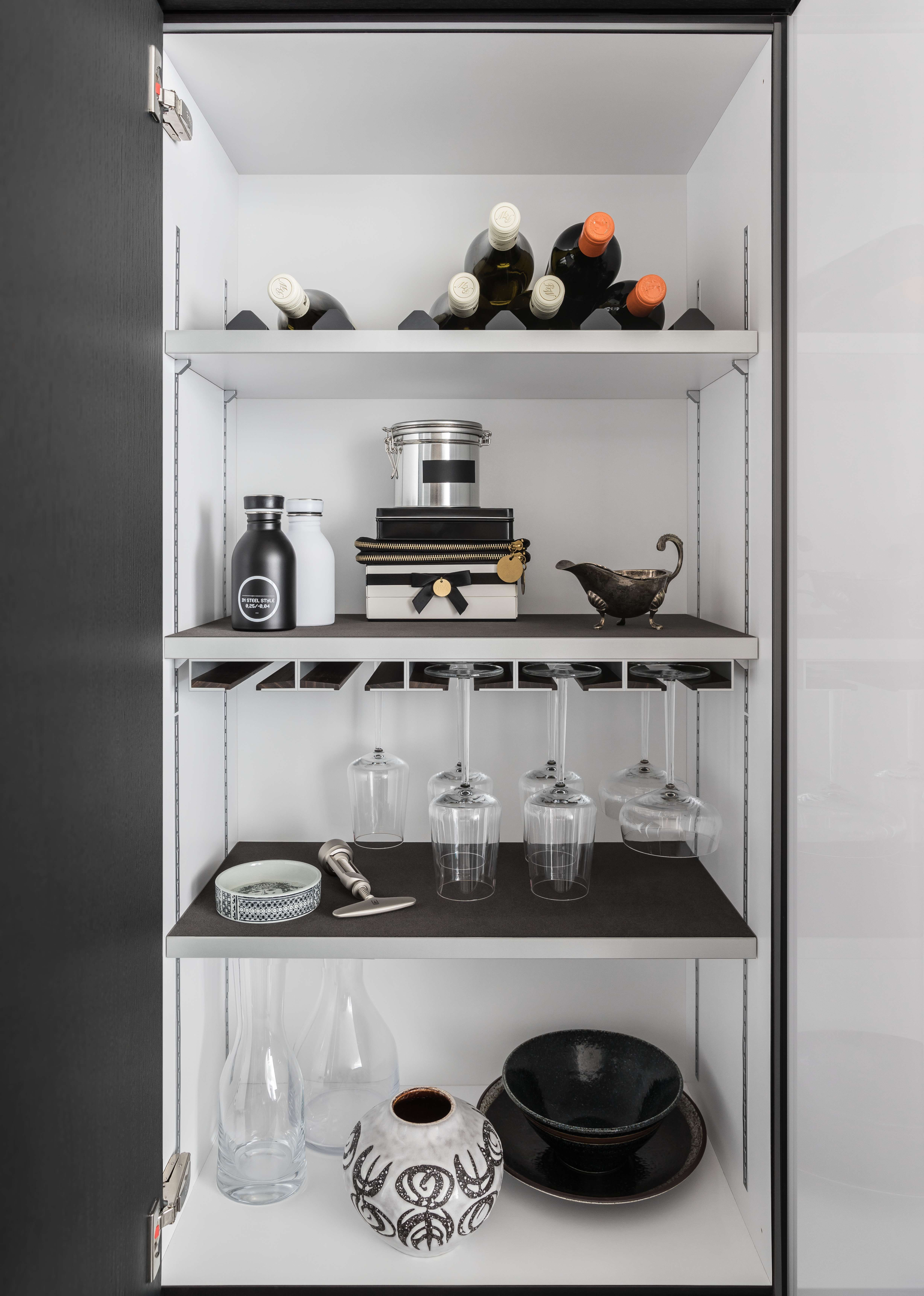 SieMatic INSIDE for tall, wall, and base The