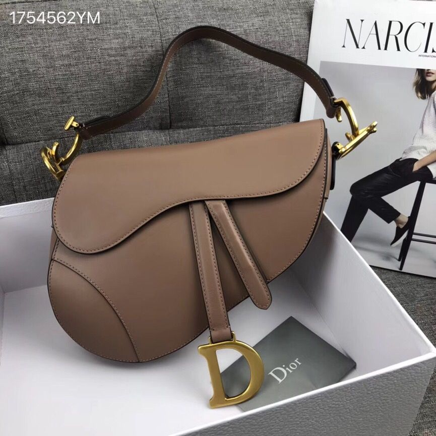 6bd69cad43fb Christian Dior CD woman saddle shoulder bag nude beige