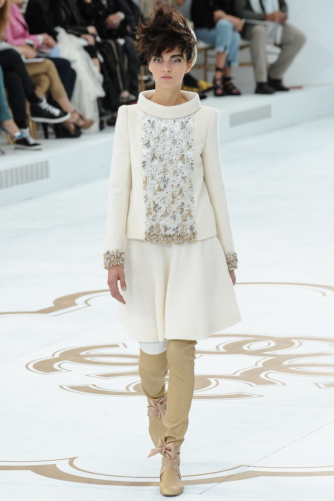 Chanel Fall 2014 Couture Fashion Show - Magda Laguinge