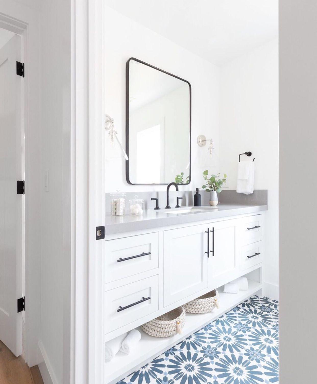 Bagno Con Mosaico Bianco pin di paola sim su bathroom | bagno nero, bagni moderni