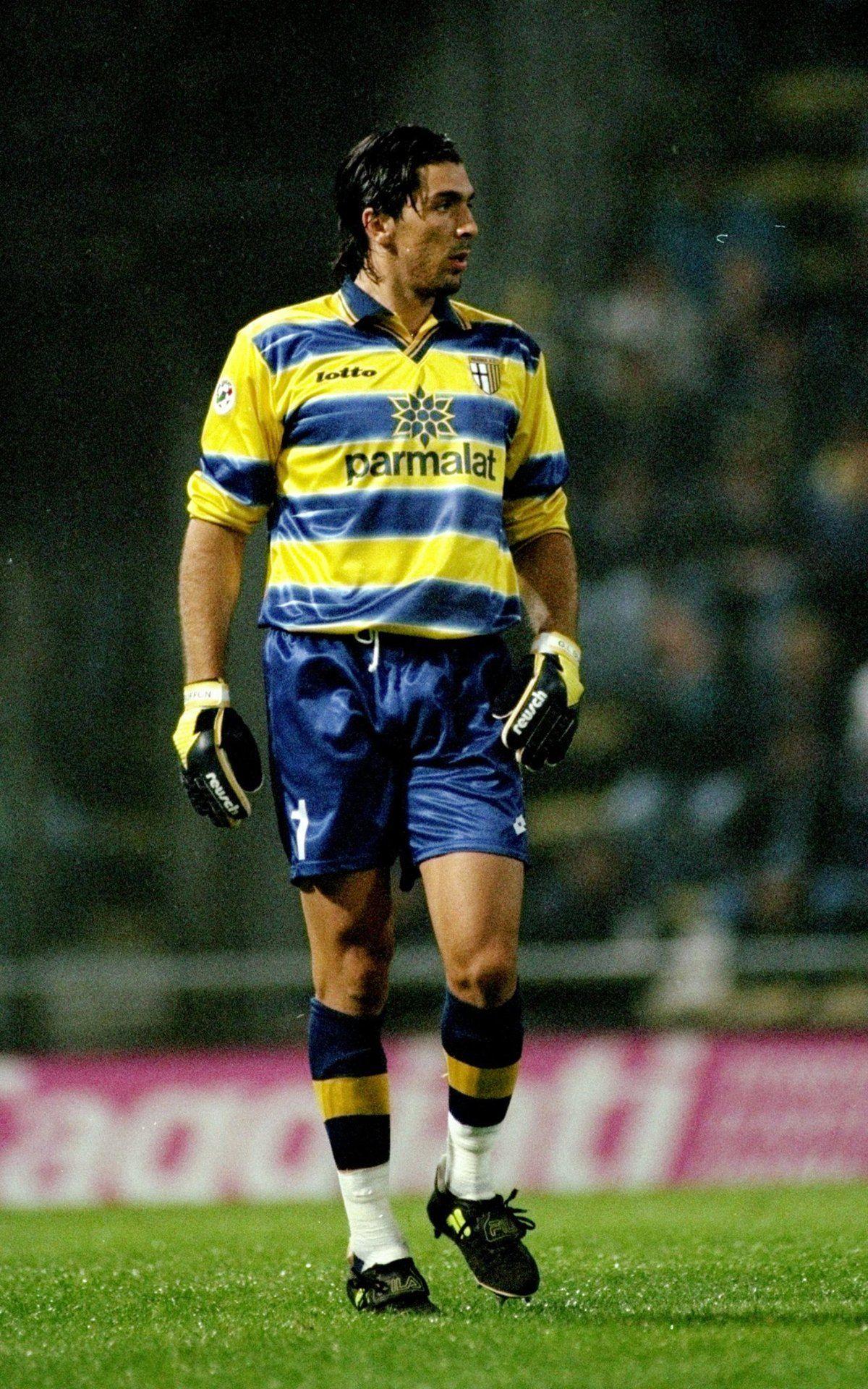 Vialli Gianluca: photo, biography, best football player goals 98