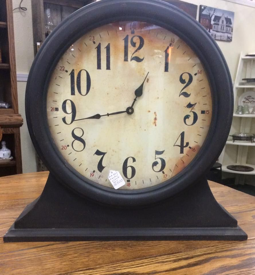 Over sized Mantle Clock