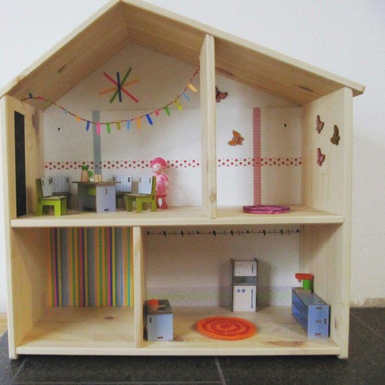 Ikea Puppenhaus mit Haba Möbeln und ein wenig washitape als Tapete ...