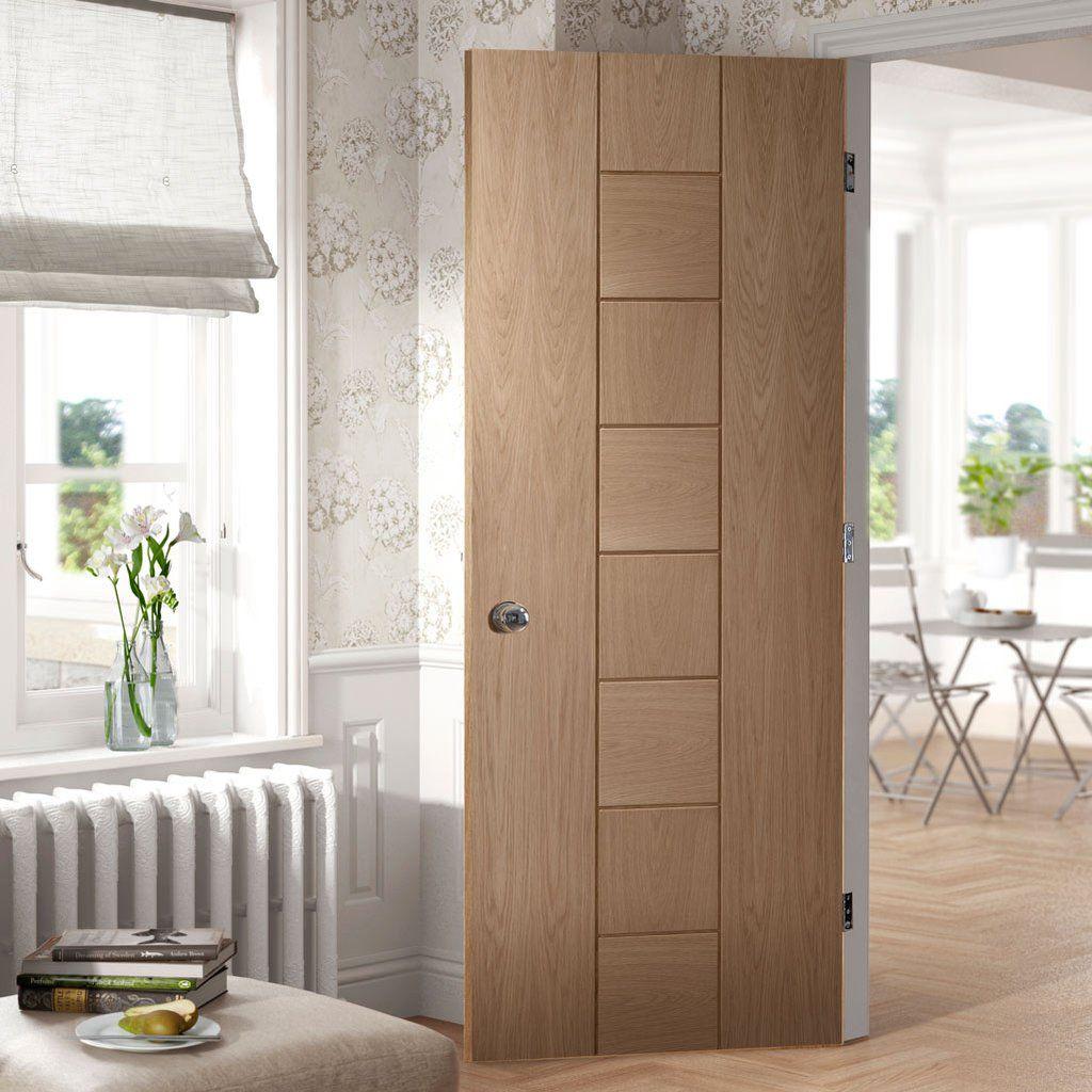 Bespoke Messina Oak Fire Door - 1/2 Hour Fire Rated.    #directdoors #bespokefiredoor #madetoorderdoor #moderninteriordoor #moderninterior #decuredoor #safedoor #bespokefirerateddoor