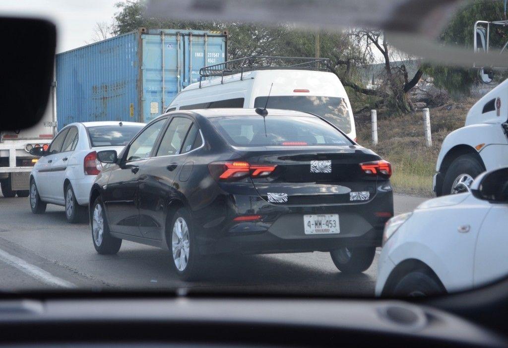 El Chevrolet Onix Ya Rueda En Mexico Esto Sabemos Del Rival De