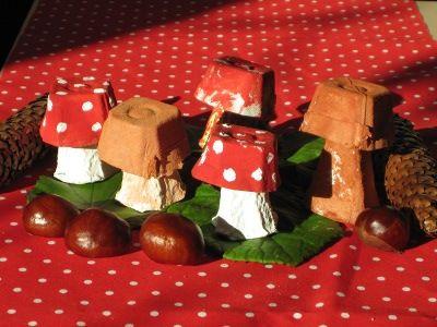 Eierkarton pilze basteln mit und f r kinder pinterest - Herbstdeko kindergarten ...