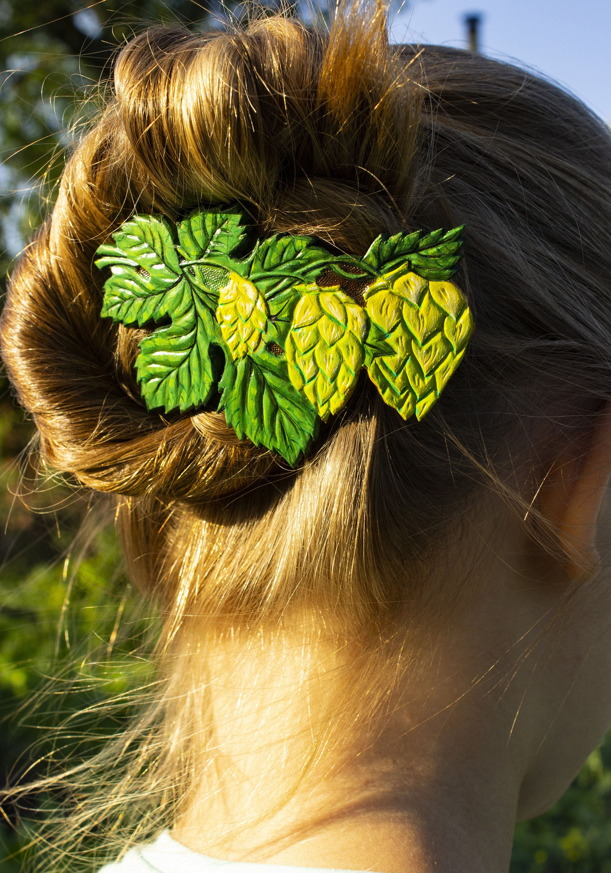 Beer Hops Barrette Leather Common Hops Hair Clip Hand-Tooled Hand-Painted Leather Beer Loves Gift Jewelry For Long Hair