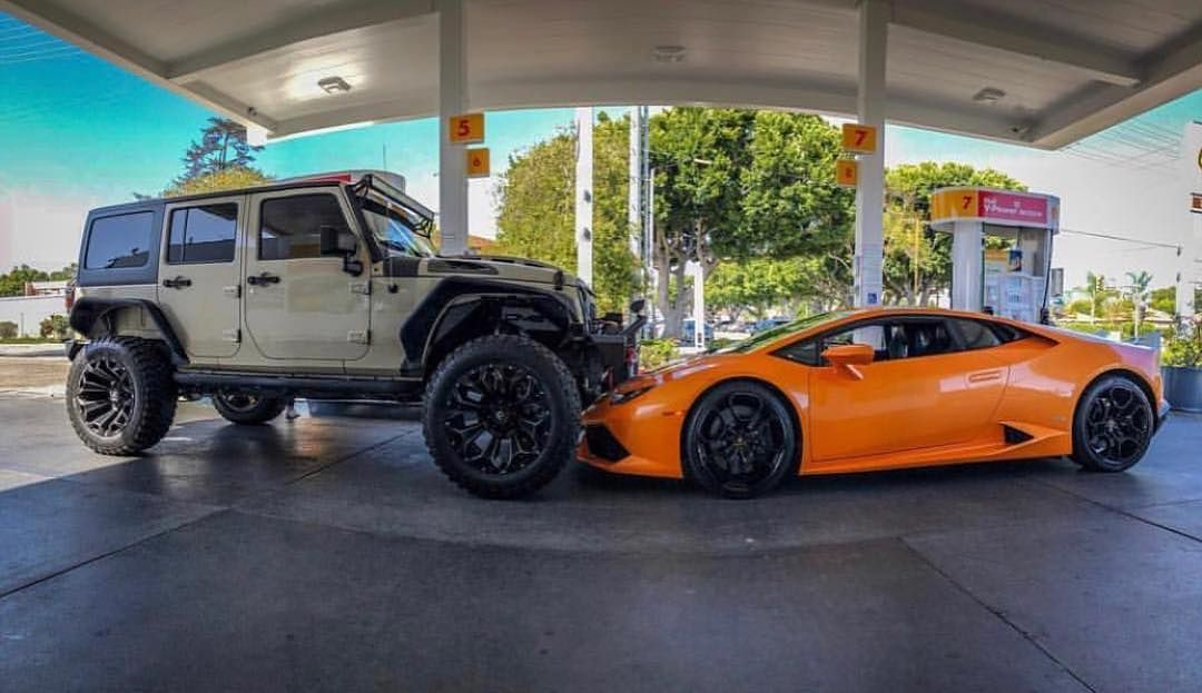 Jeep Vs Lambo Which Will You Choose Jeep Photos Jeep