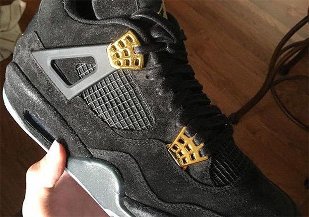 separation shoes 75505 43a44 Black And Gold Air Jordan 4s With Glowing Soles Are Coming ...