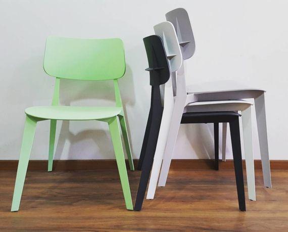 Chaise De Restaurant Design Stellar Sledge Mobilier Mobilier Design Design De Restaurant