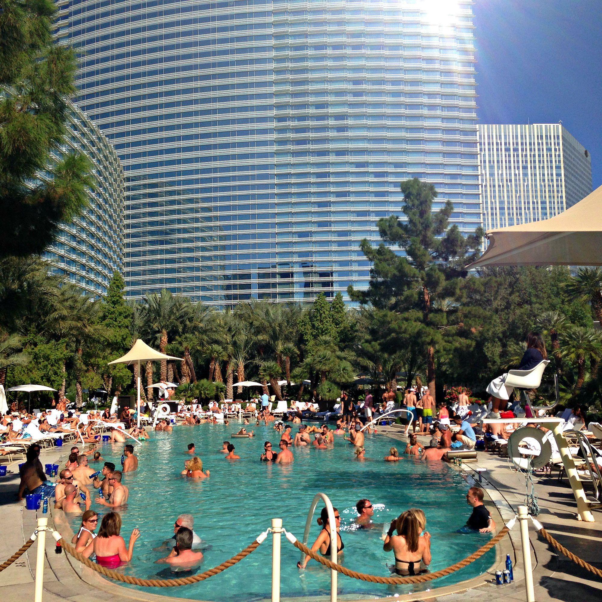 The Aria Hotel Casino Pool In Las Vegas Nevada Vegas Vacation Vegas Girls Trip Las Vegas Trip