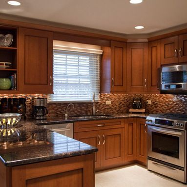 Small U-Shaped Kitchen Home Design Ideas, Pictures, Remodel and