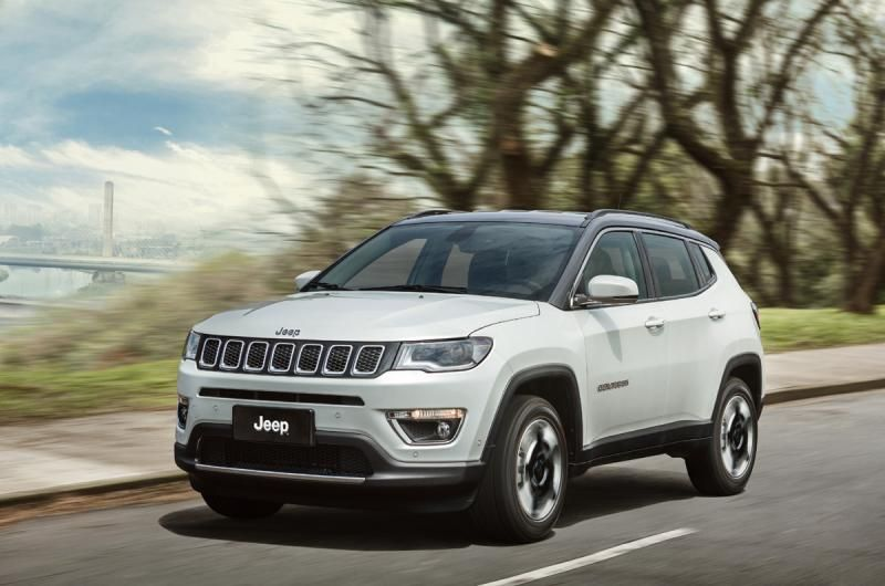 voici le nouveau jeep compass 2018 v auto suv pinterest voitures. Black Bedroom Furniture Sets. Home Design Ideas