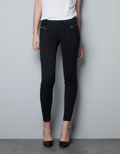 430c7c0774 skinny jeans with panelling. ZARA jeggings with zips SHARE JEGGINGS WITH  ZIPS 39.99 USD - 79.90 USD Ref. 1934 242 COMPOSITION SHIPPING RETURN