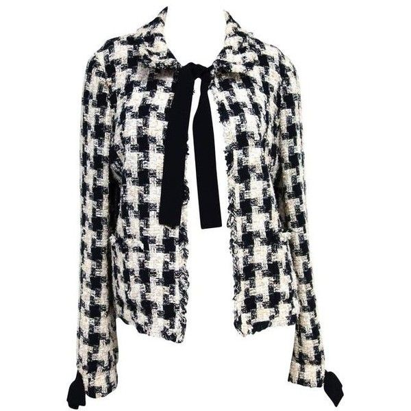 a8f39566d Preowned Chanel 04a Fantasy Tweed Jacket With Bows Size 40 ($1,895 ...