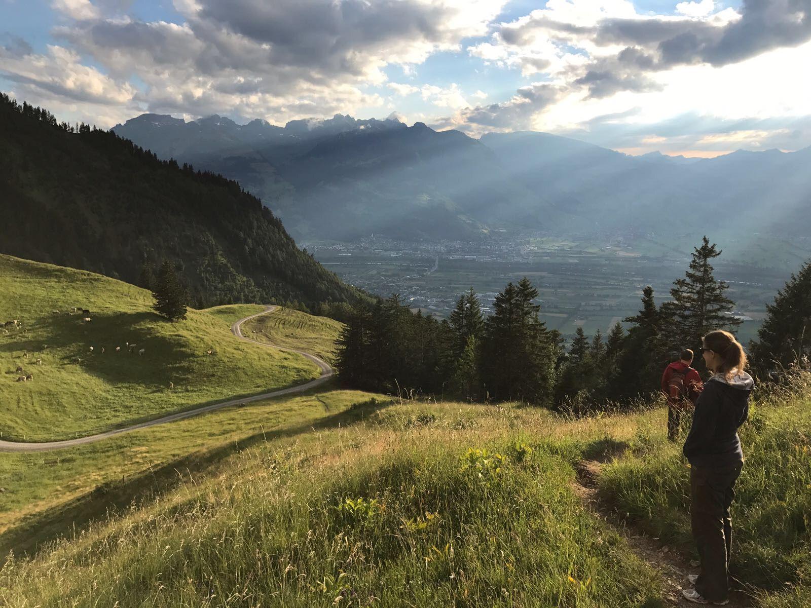 Idee Von Furstentum Liechtenstein Auf Spring In Liechtenstein