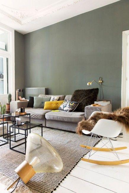 groene muren - huis - woonkamer   pinterest - witte kasten, witte, Deco ideeën
