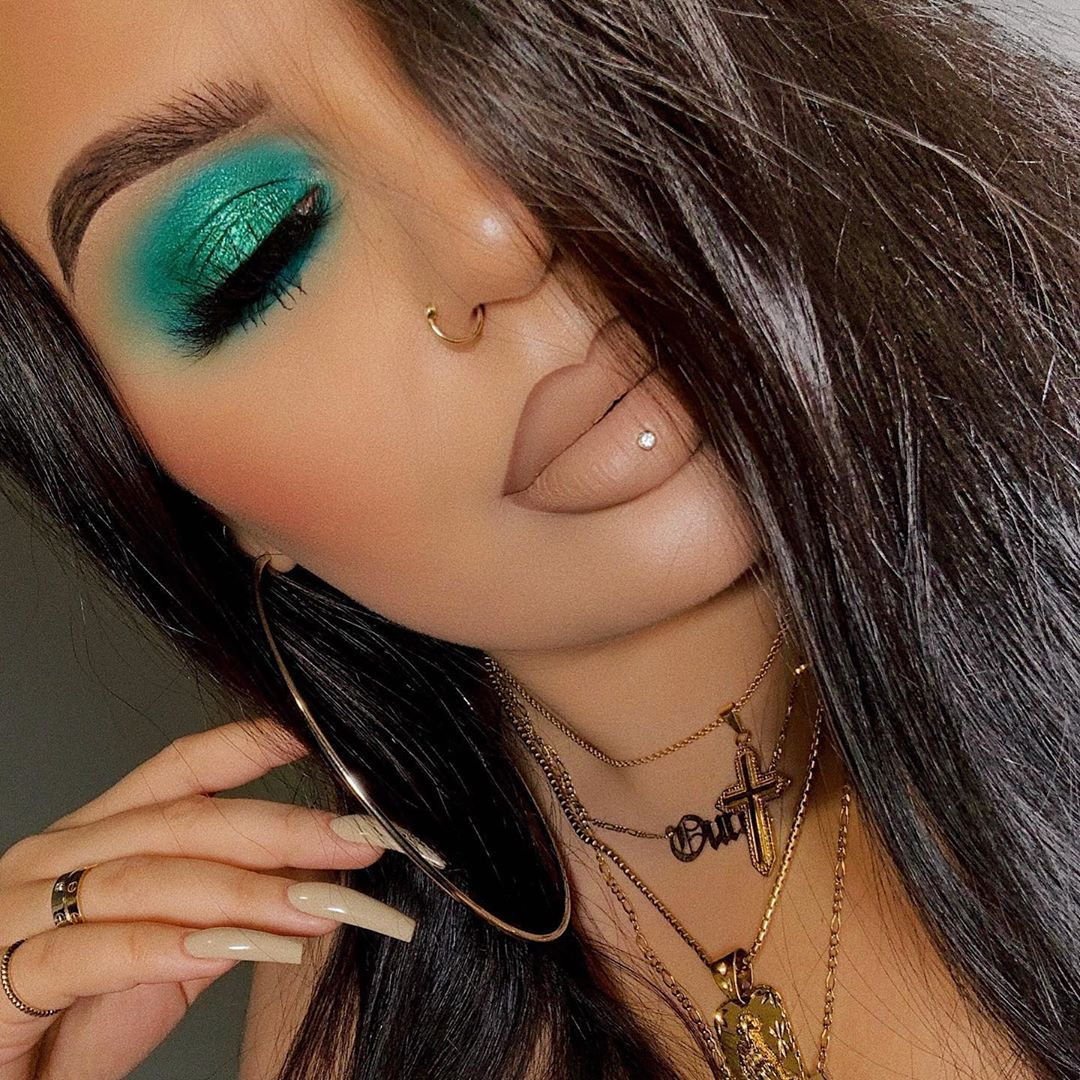 """Ourfa Zinali on Instagram """"blown out smokey eyes are such"""