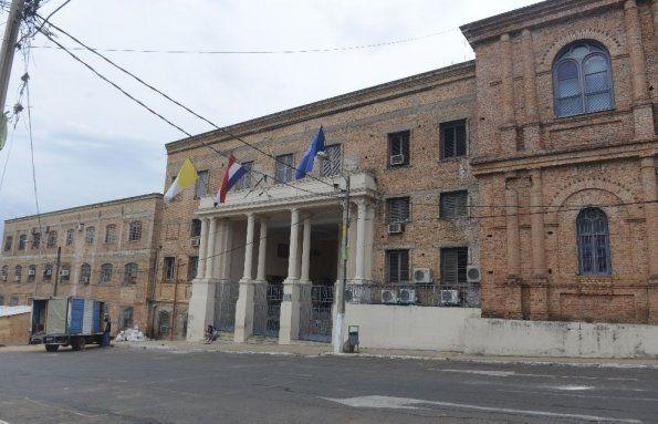 Sede Central De La Universidad Católica Nuestra Señora De La Asunción Retor Dr Narciso Velázquez Ferreira Street View Street Scenes
