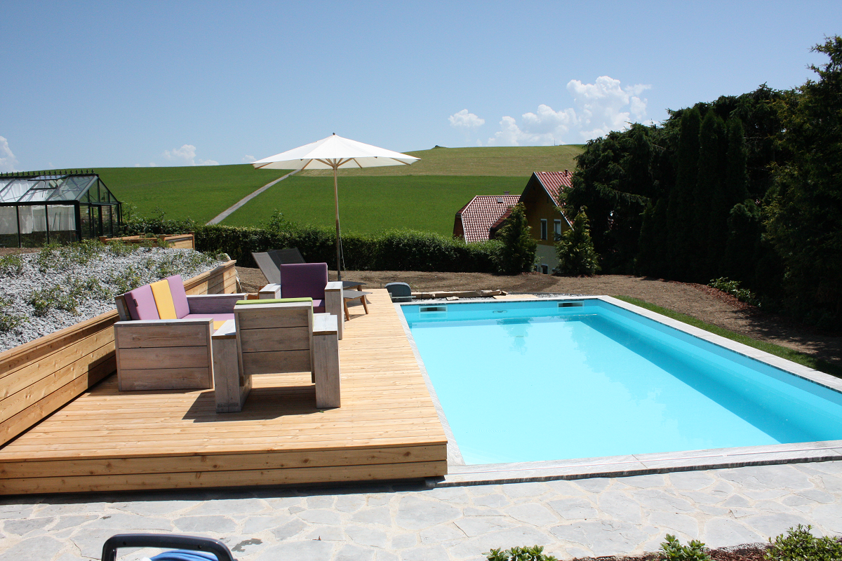 Sliding poolcover and terrace all in one! poolabdeckung