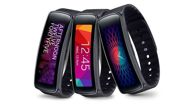 Has Samsung actually made people want its wearable tech? Apparently the Gear Fit has already sold out, within 10 days.