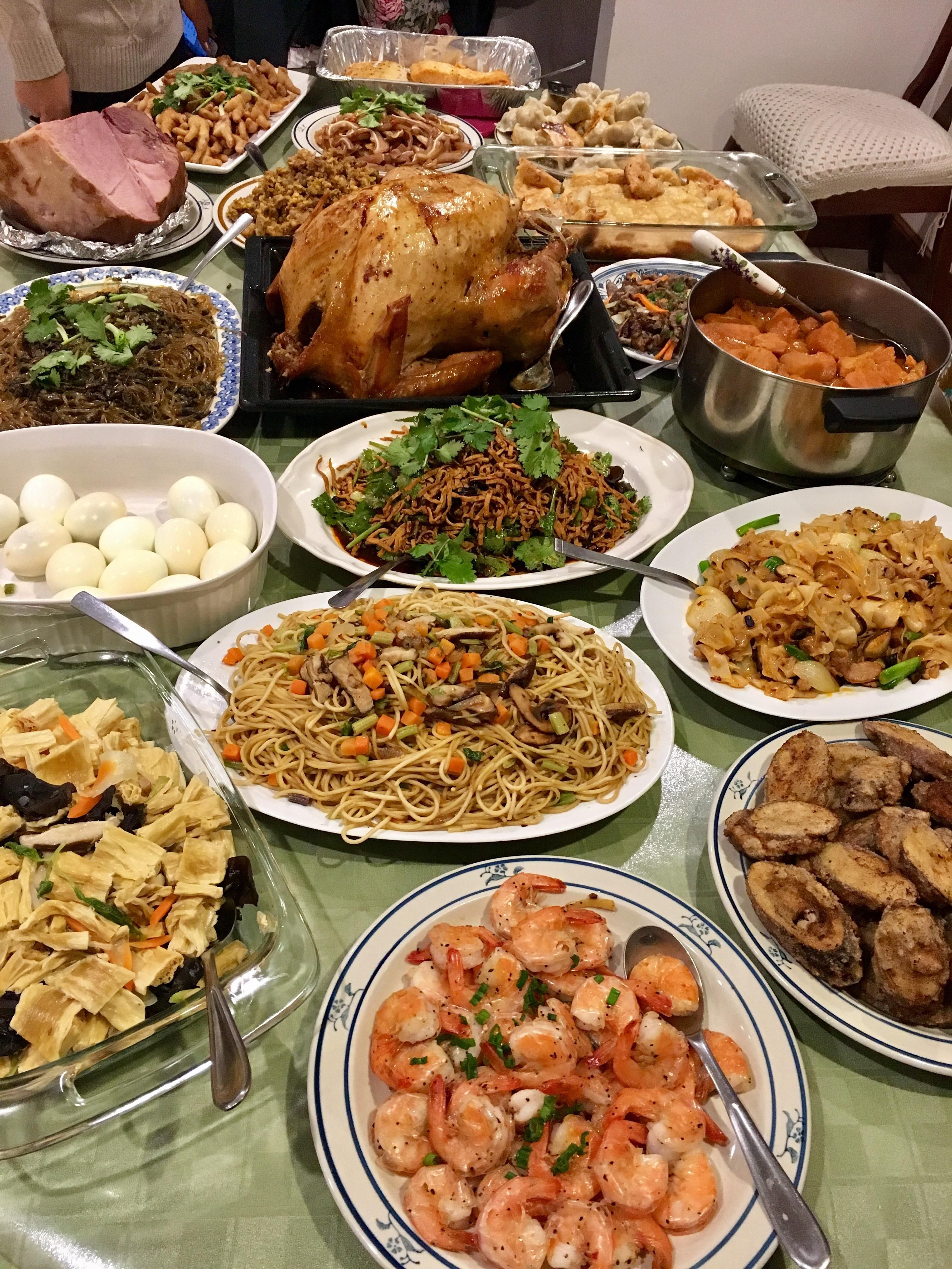 Homemade Chinese Thanksgiving In 2020 Buffet Food Food Snapchat Party Food Buffet