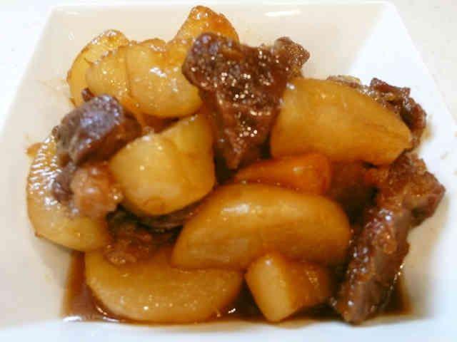 大根が旨い!「大根と牛肉の煮物」の画像