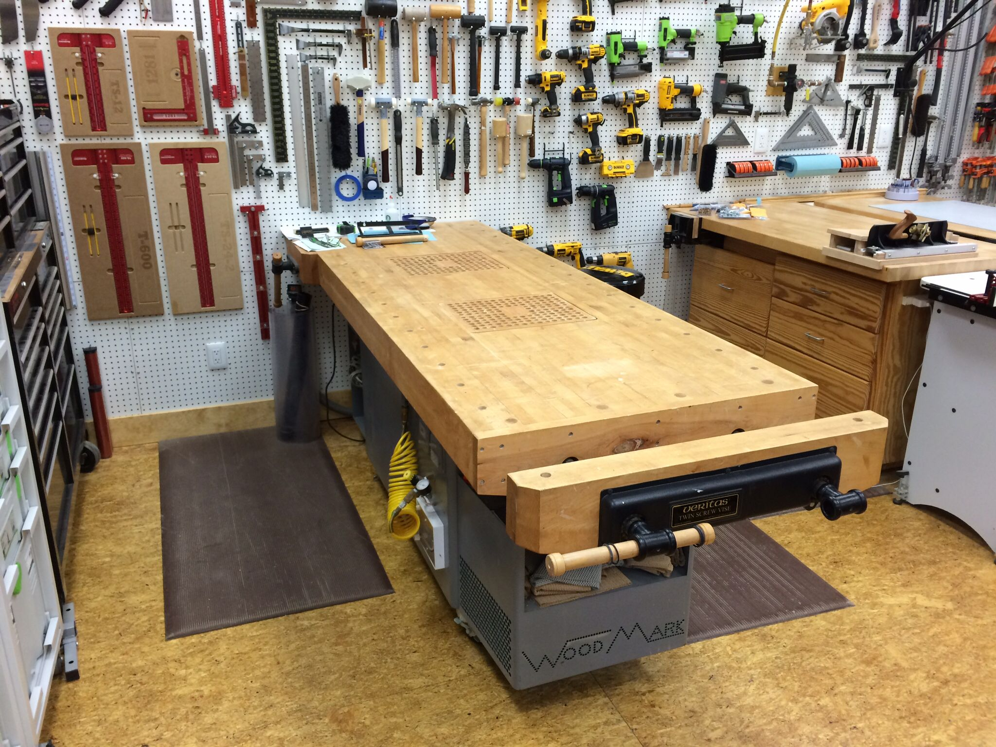 Pin By Tim Royal On Woodworking Benches In