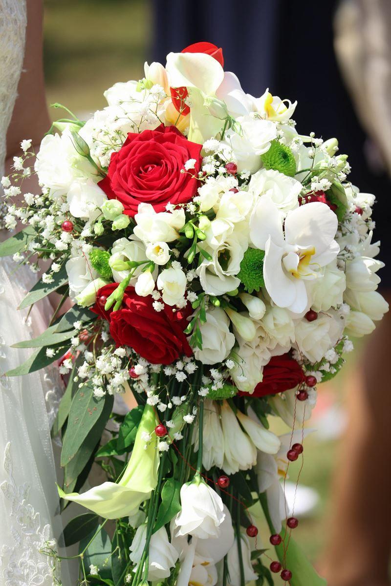 Épinglé par d'Âmes en fleurs sur bouquet mariée cascade | bouquet