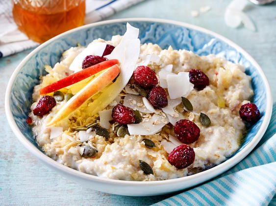 low carb porridge so geht 39 s low carb s porridge fr hst ck und low carb fr hst ck. Black Bedroom Furniture Sets. Home Design Ideas