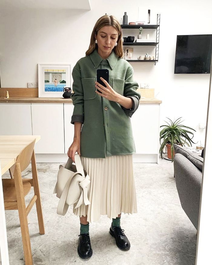 Hey, Look—It's the First Cult Skirt of 2019 #springskirtsoutfits