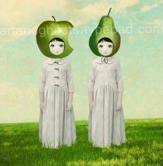 Fruity twins, so victorian and yet not. Hedelmäkaksoset,kuin vanhanaikainen muotokuva.