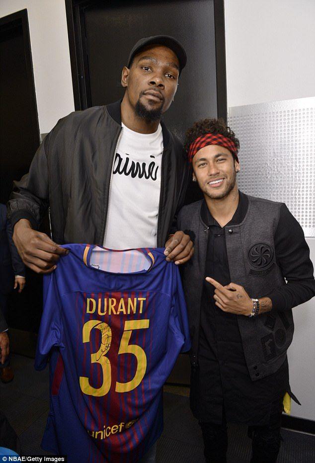 premium selection bd893 d70c6 Neymar wowed by LeBron James as Lewis Hamilton joins Barca ...