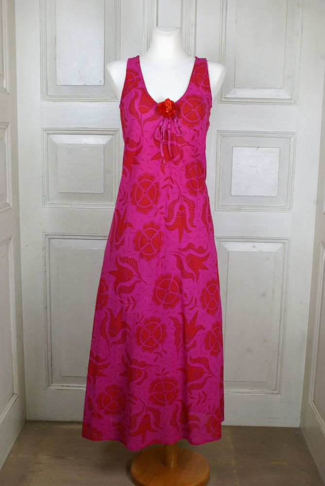 Kleider pink rot