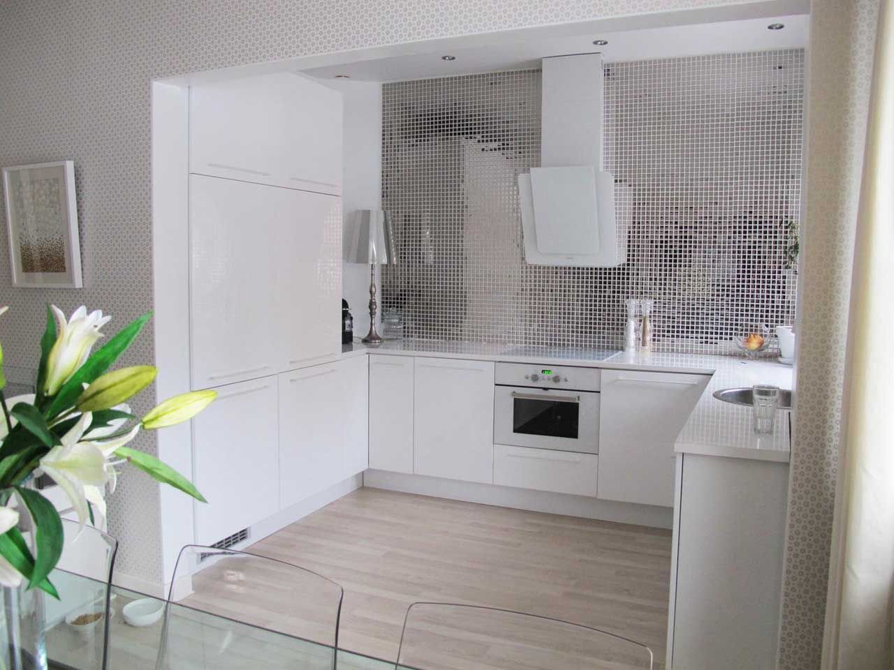 White Contemporary Kitchen with Chrome Mosaic Backsplash Tile ...