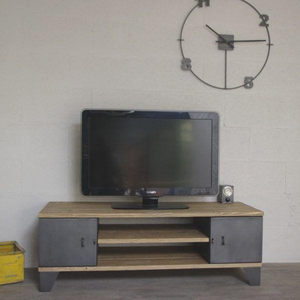 meuble tv industriel avec rangement à portes meuble tele Pinterest