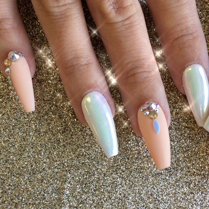 1,330 Likes, 4 Comments - Riya\'s Nails Salon (@riyathai87) on ...