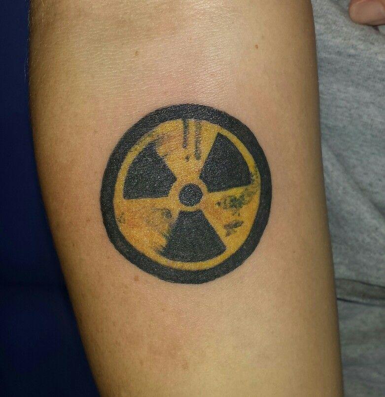 radiation symbol tattoo ink pinterest symbols tattoos tattoo rh pinterest ca Radiation Hazmat Symbol Gamma Radiation Symbol