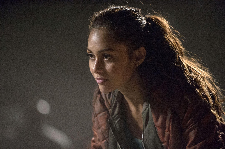The 100 - Season 2 Episode 6 Still | The 100 | The 100 raven