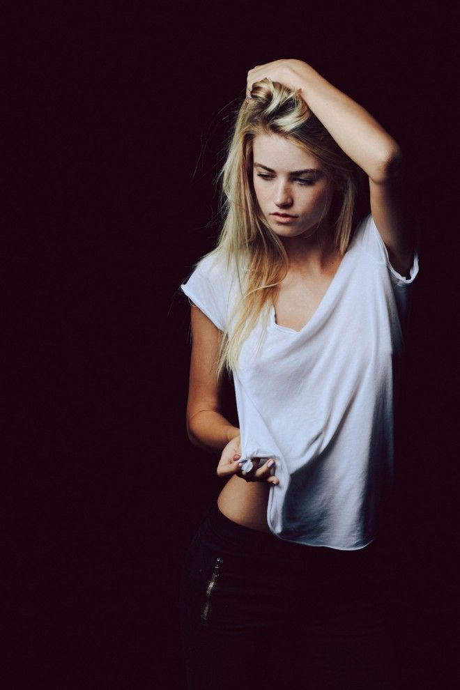Black backless dress tumblr wallpaper