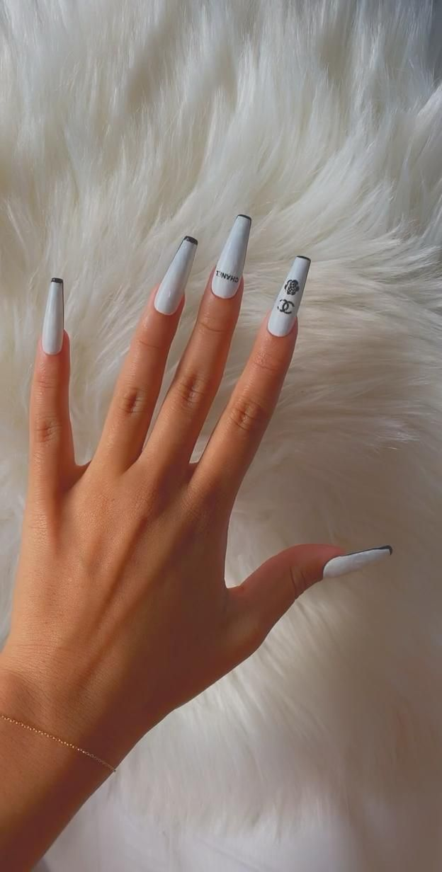 Chanel Press on Nails