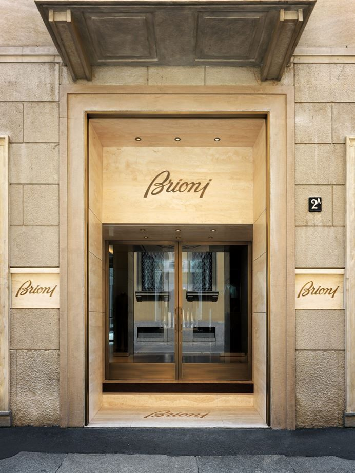 Brioni flagship store milano picture gallery 00 inter for Milano design shop