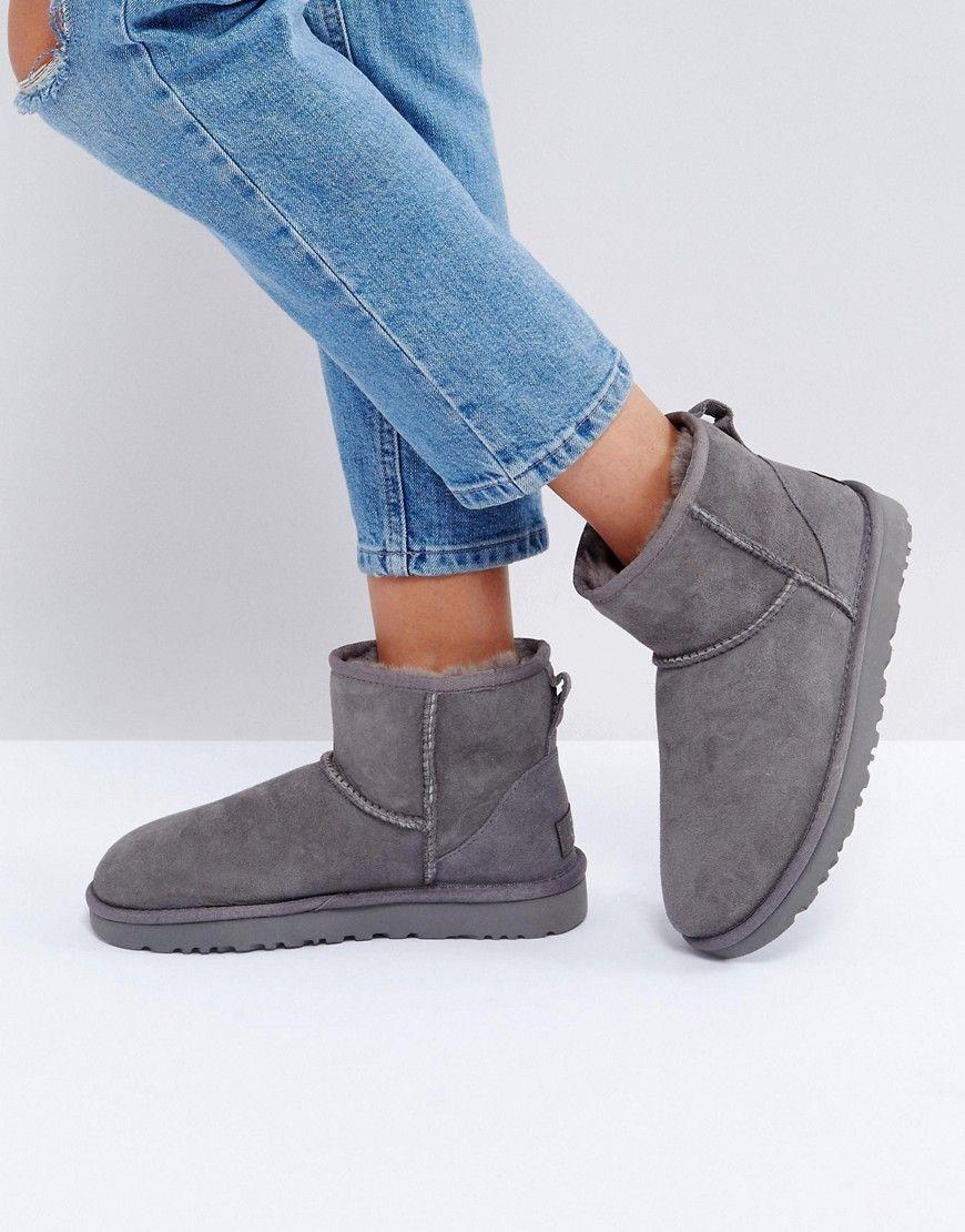 UGG - Classic Mini II - Graue Stiefel - Grau Jetzt bestellen unter: https: