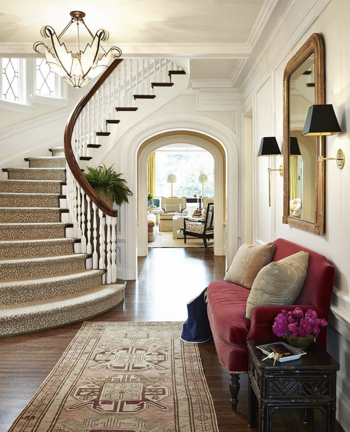 curved staircase | entry/stair case | Pinterest ...