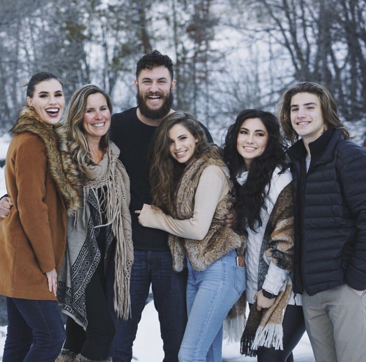 Brooke Bush Family Photoshoot Bush Family Family Photos