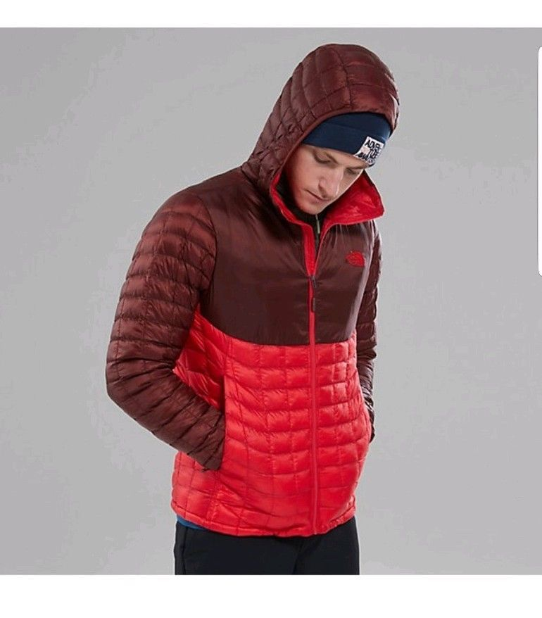 The North Face Men's Thermoball Hoodie Jacket TNF Red