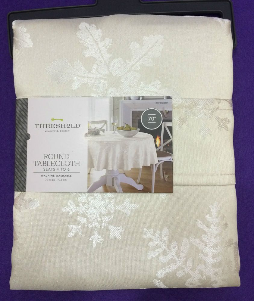 Threshold Tablecloth Cream Round 70 Inches Snowflakes Christmas New Table Cloth Linens