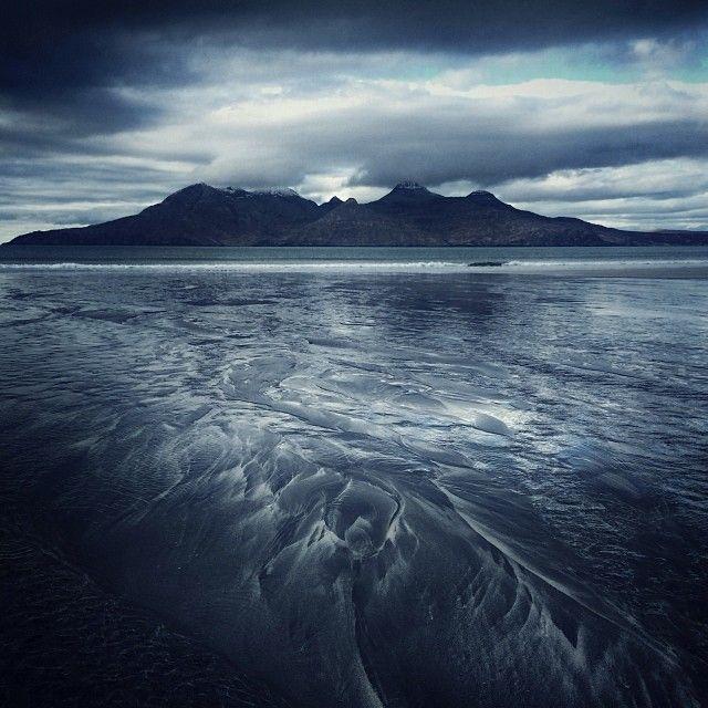 Unbelievable Iphone Photos Of Scotland S Landscapes By Julian Calverley Landscape Perspective Photos Beautiful Landscapes